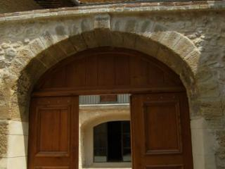 Lazure sur la porte d'entrée principale