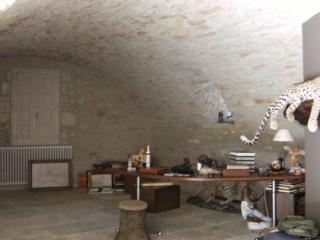 Volet intérieur intégré dans la chromatique de la pierre.
